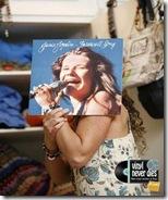 Midia Impressa - Fnac - Vinyl never dies (2)
